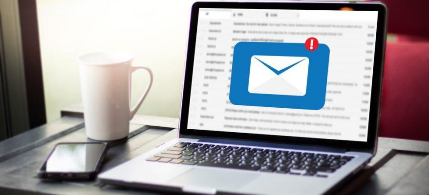 Scrivere una mail ad un'azienda